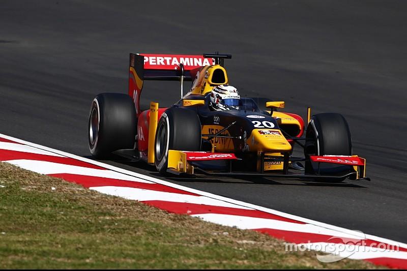 GP2 Sepang: Giovinazzi galibiyetle şampiyona liderliğini aldı