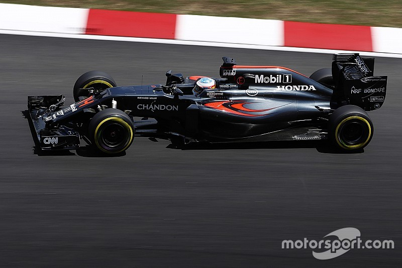 Weitere neue Teile: Fernando Alonso in Sepang mit Strafversetzung um 45 Plätze
