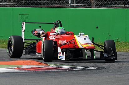 Gara 1: Pulcini primo, Fioravanti secondo. Sventola il tricolore a Monza