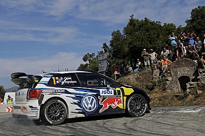 Korsika WRC: Ogier farkı açıyor, Meeke kaza yaptı