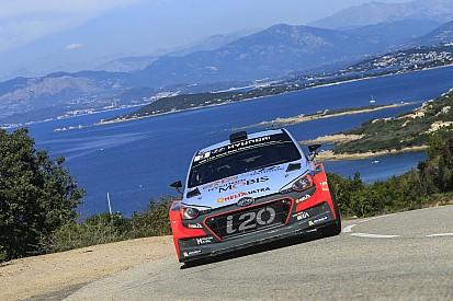 Korsika WRC: Neuville, Ogier ile olan farkı kapatıyor