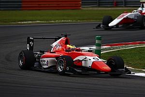 GP3 Отчет о гонке Деннис выиграл вторую гонку на Сепанге