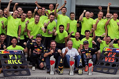 Red Bull logró un doblete tres años después