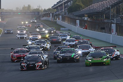 Buhk e Baumann conquistano il titolo Blancpain GT, Ide trionfa nella Sprint Series