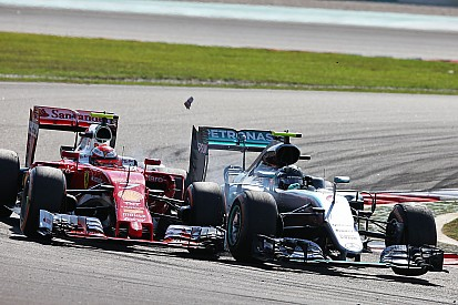 """Wolff diz que punição a Rosberg foi """"um completo absurdo"""""""