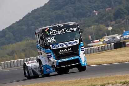 FIA ETRC: Ryan Smith győzelemre vezette az OXXO-t!