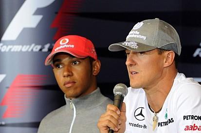 Hamilton vasárnap 100. alkalommal lesz az első sorban: közel Schumacher rekordja