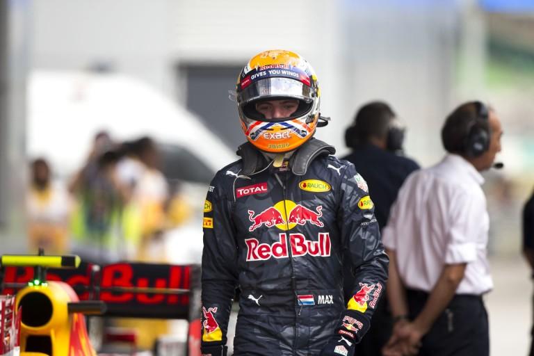 Verstappen annak örül, hogy Vettel nem tette tönkre a versenyét