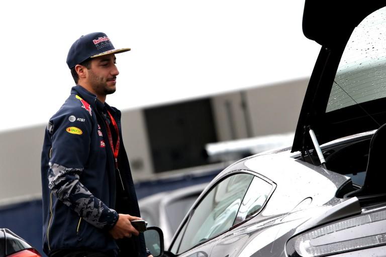 Már most a szezon manővereként emlegetik Ricciardo Bottas elleni előzését