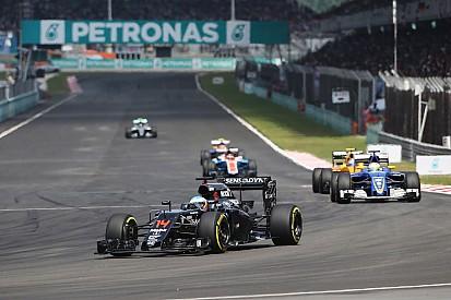 """""""Merecíamos esta sorte"""", diz Alonso após ir de 22º a 7º"""