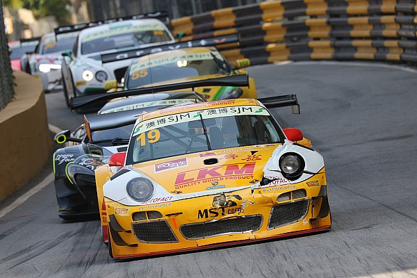 GT Bamber, Mortara head entry list for FIA GT World Cup