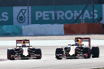 """Verstappen - Si ça n'avait pas été Ricciardo, """"je l'aurais tassé"""""""