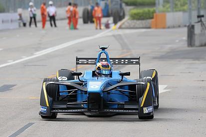 Formula E'de yeni sezonun ilk galibi Sebastien Buemi
