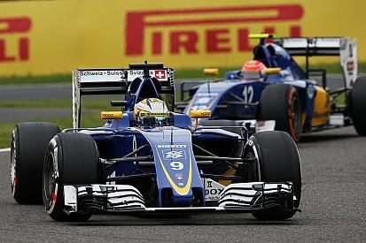 """""""Sauber krijgt het zwaar met jaar oude Ferrari-motoren"""", waarschuwt Sainz"""