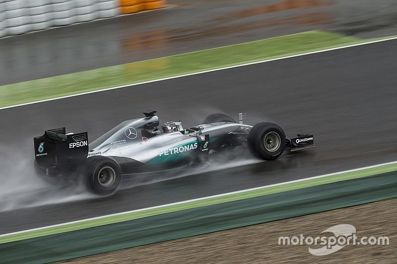 Дождь помешал Росбергу на тестах новых шин Pirelli