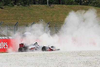 """Grosjean - Un problème de """"matériel"""" au niveau des freins"""
