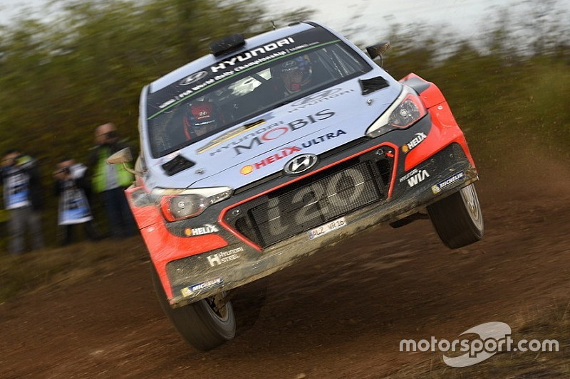 Spagna, PS2: Hyundai al vertice con Neuville. Paddon e Ogier inseguono