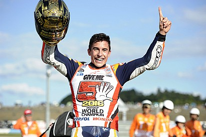 MotoGP Japonya: Marquez dünya şampiyonu! Rossi ve Lorenzo düştü!