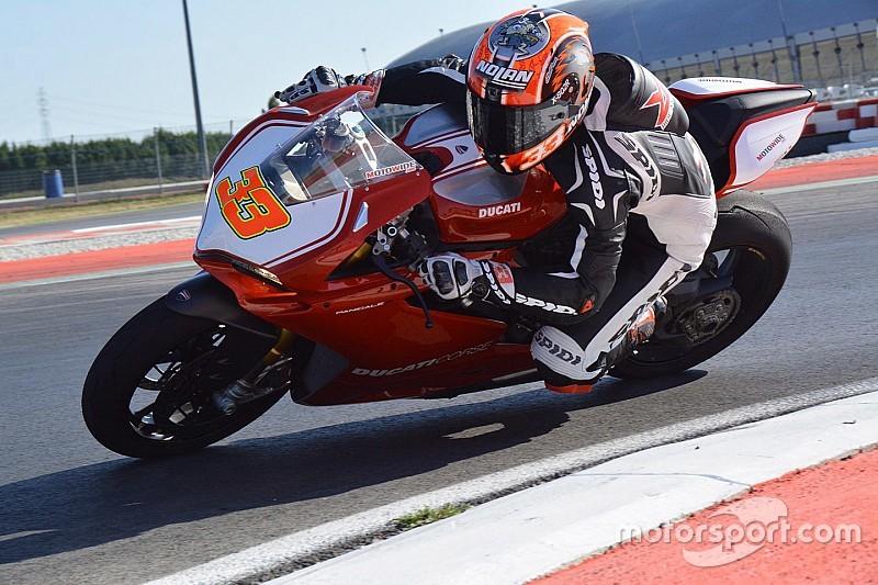 Ducati domina a Jerez, Melandri testa la Panigale a Valencia