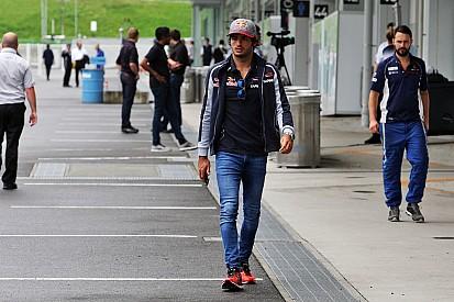 """Carlos Sainz: """"Algo raro tiene que pasar para puntuar"""""""