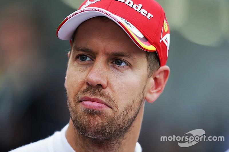 Vettel quiere que Ferrari siga centrado en el coche, no en su contrato