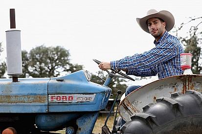 Galería: Ricciardo, un trabajador más en el rancho