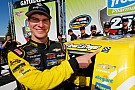 NASCAR Truck Em prova com Big One, Grant Enfinger vence pela primeira vez