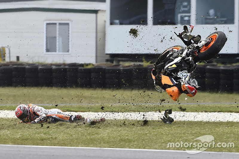"Crash in Australië eigen fout zegt Marquez: ""Ik rijd anders na behalen titel"""