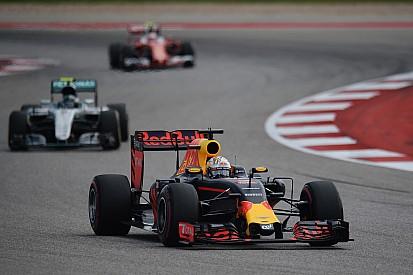 """Ricciardo baalt: """"Auto was goed genoeg voor tweede plek"""""""
