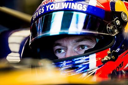 Villeneuve diz que Kvyat não merece renovação com Toro Rosso