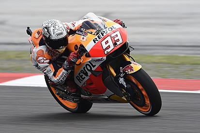 MotoGP Malaysia: Marquez tercepat di FP1, Iannone ungguli Rossi
