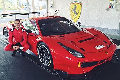 El español que sueña dentro de Ferrari