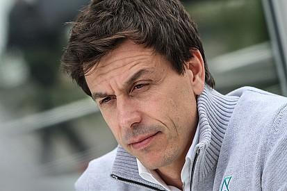 Wolff, Verstappen'in agresif tutumunu eleştirdi
