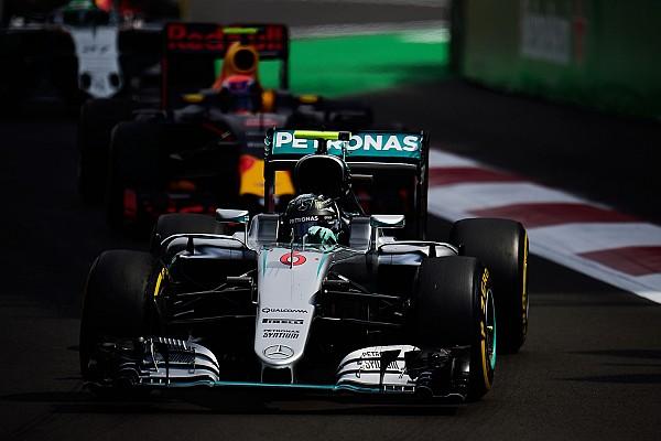 Rosberg sempat takut usai kontak dengan Verstappen