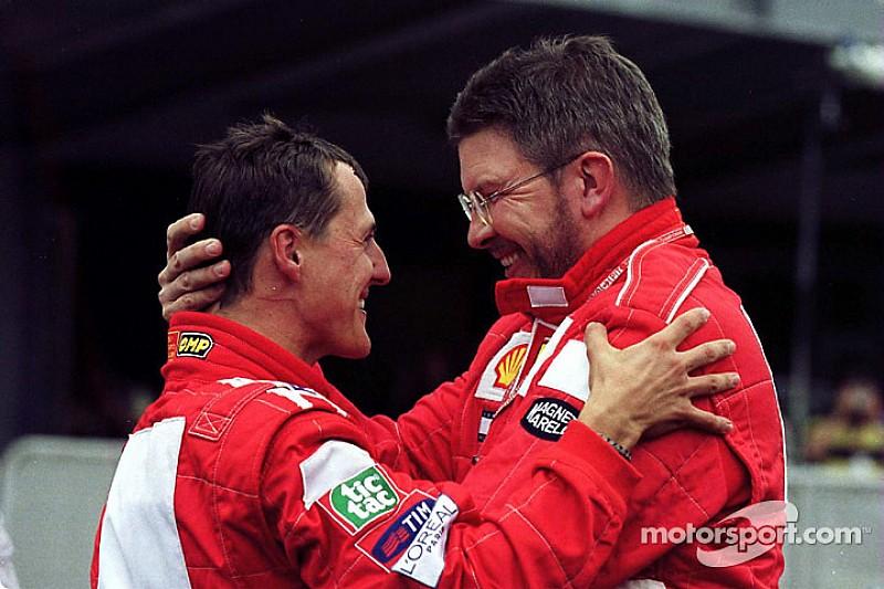 """Brawn - """"Il y a des signes encourageants"""" pour Schumacher"""
