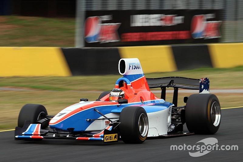 Photos - Les débuts publics de la nouvelle Formule 5000