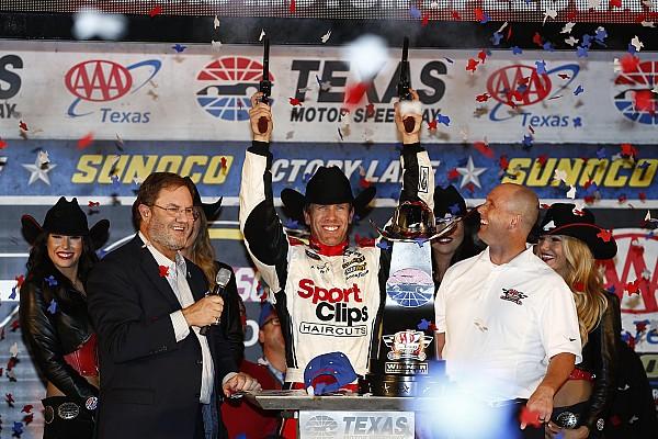 La pioggia interrompe la gara in Texas e lancia in finale Carl Edwards