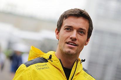 Палмер продолжит выступления за Renault в 2017 году