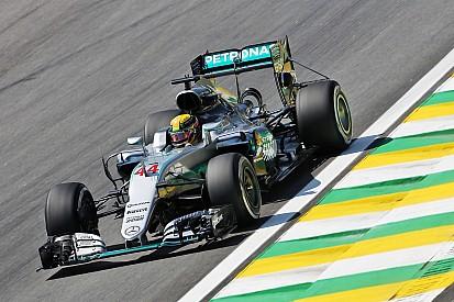 Formel 1 in Brasilien: Lewis Hamilton im 1. Training vorne