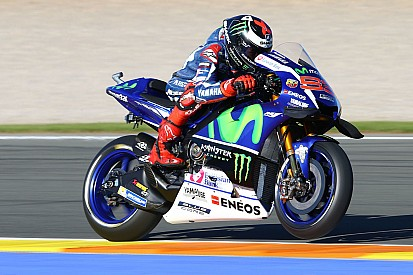 MotoGP Valencia: Lorenzo pertajam catatan waktu di FP2