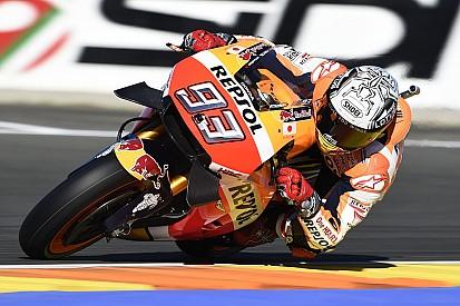 【MotoGPバレンシア】激しいトップ10争いを尻目に、マルケスがトップタイムをマーク