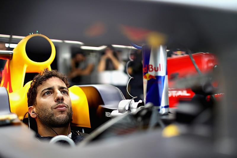Ricciardo dice que si fuera Vettel olvidaría el asunto de México