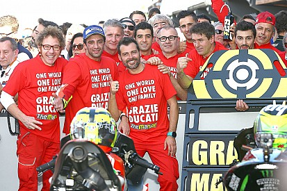 Iannone gelukkig met podiumplek na pijnlijke rit op Ricardo Tormo