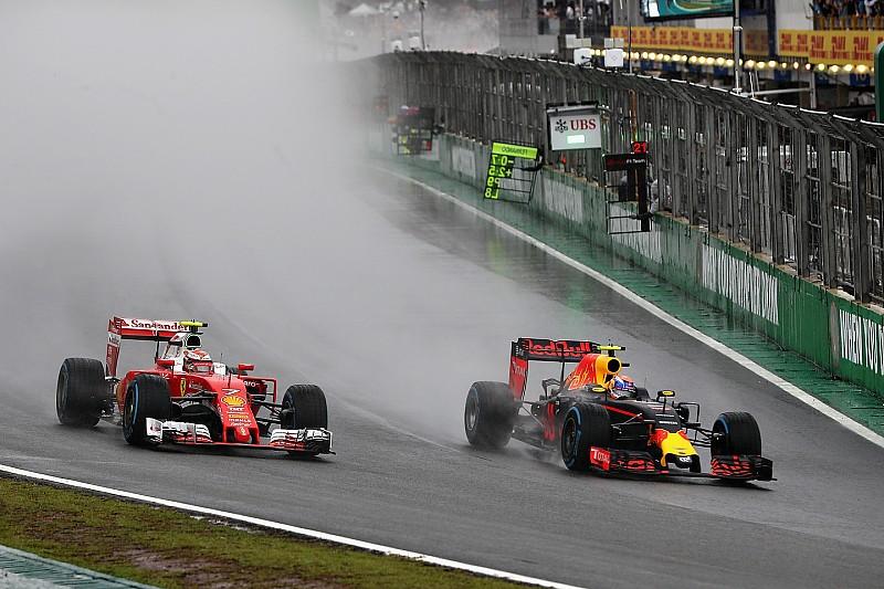 """Verstappen signe un """"incroyable"""" podium après une remontée de folie"""