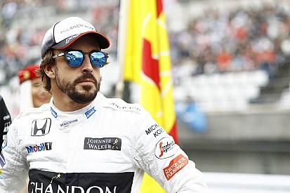 """Fernando Alonso: """"Nächstes Mal fahre ich Vettel in die Kiste"""""""