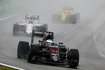 【F1ブラジルGP】アロンソ「コースはみんなのものだ」とベッテルに警告