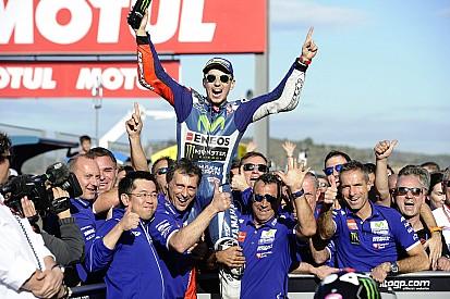 Fotogallery: l'ultimo successo della coppia Lorenzo-Yamaha a Valencia