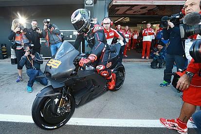 Essais Valence - Yamaha mène, Lorenzo et Iannone découvrent