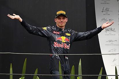 Verstappen arrasa con todo