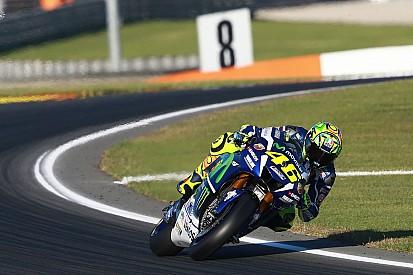 """Rossi: """"Viñales peleará por el título; la moto le ha gustado ya de entrada"""""""